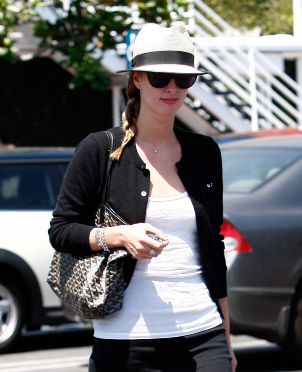 The Many Bags of Nicky Hilton-22