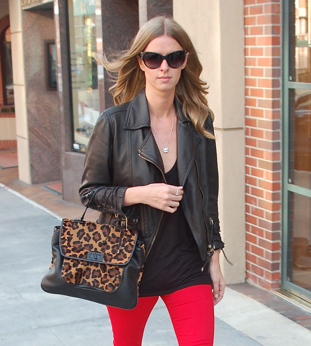 The Many Bags of Nicky Hilton-34