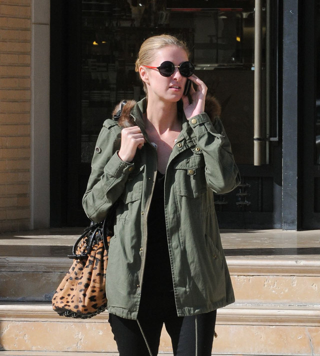 The Many Bags of Nicky Hilton-38