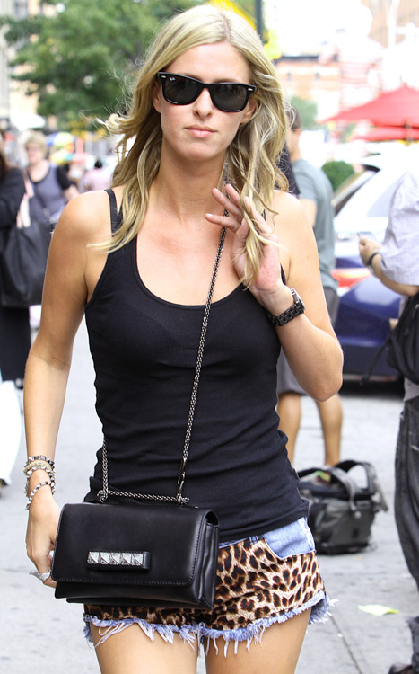 The Many Bags of Nicky Hilton-45