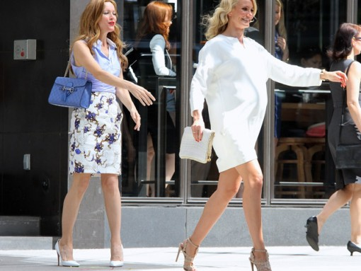Cameron Diaz and Leslie Mann Carry Stella McCartney and Gucci While Filming