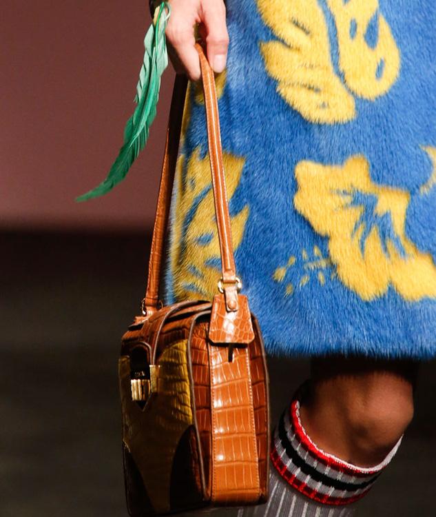 Prada Spring 2014 Handbags (15)
