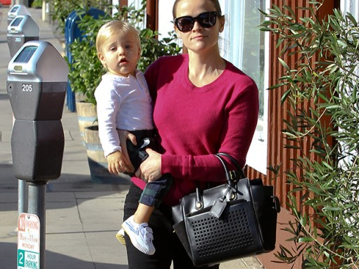 Reese Witherspoon Totes her Baby and her Reed Krakoff Bag