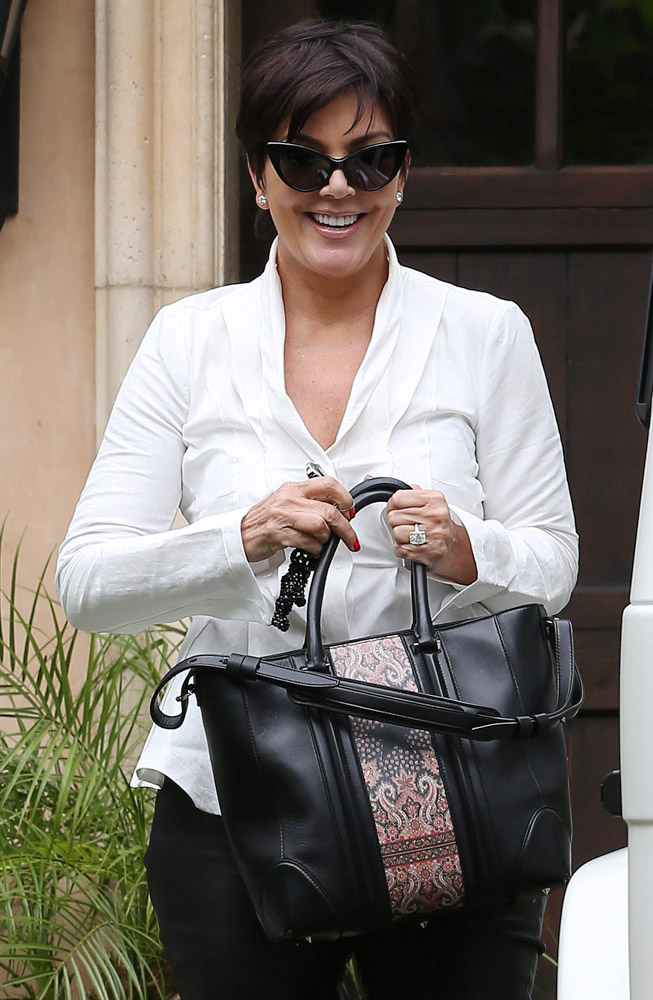 The Many Bags of Kris Jenner-15