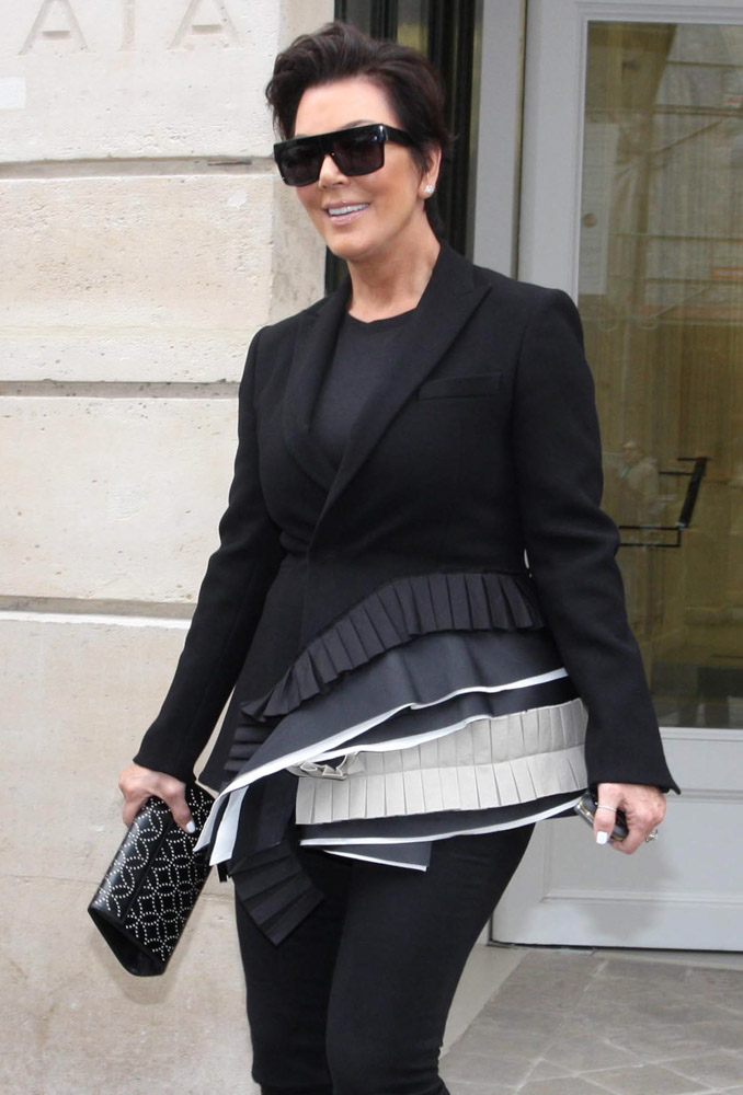 The Many Bags of Kris Jenner-39