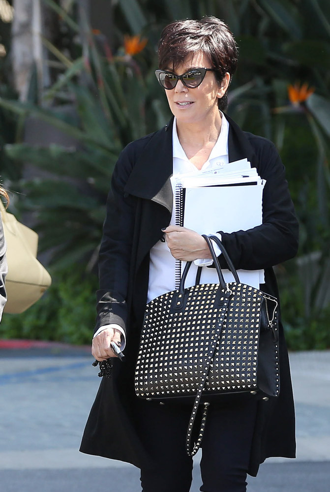 The Many Bags of Kris Jenner-9