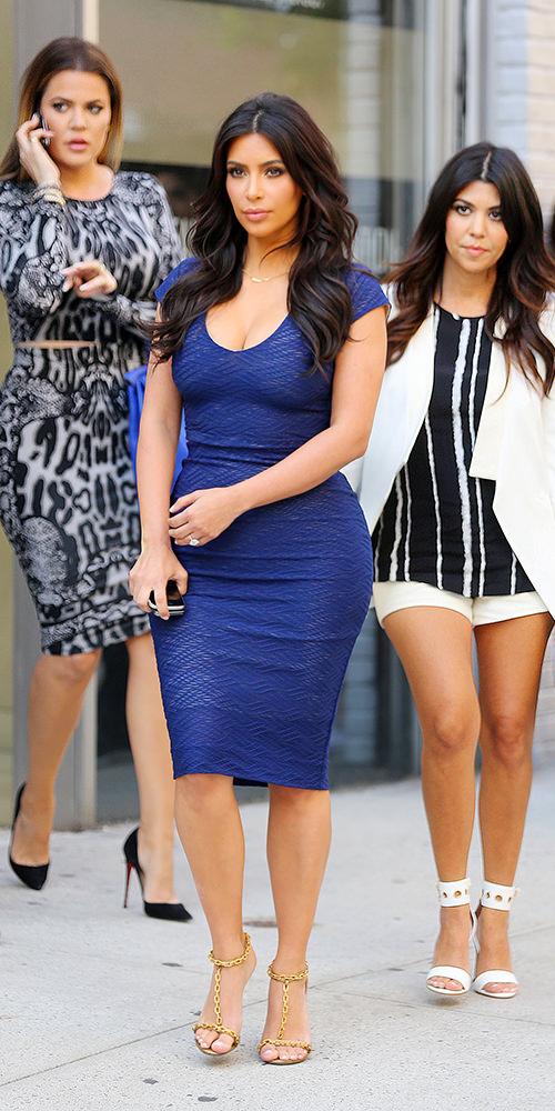 The-Many-Shoes-of-Khloe-Kardashian_20