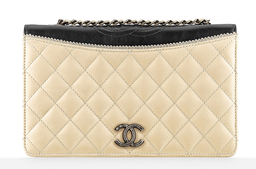 Chanel-Small-Flap-Bag-3000