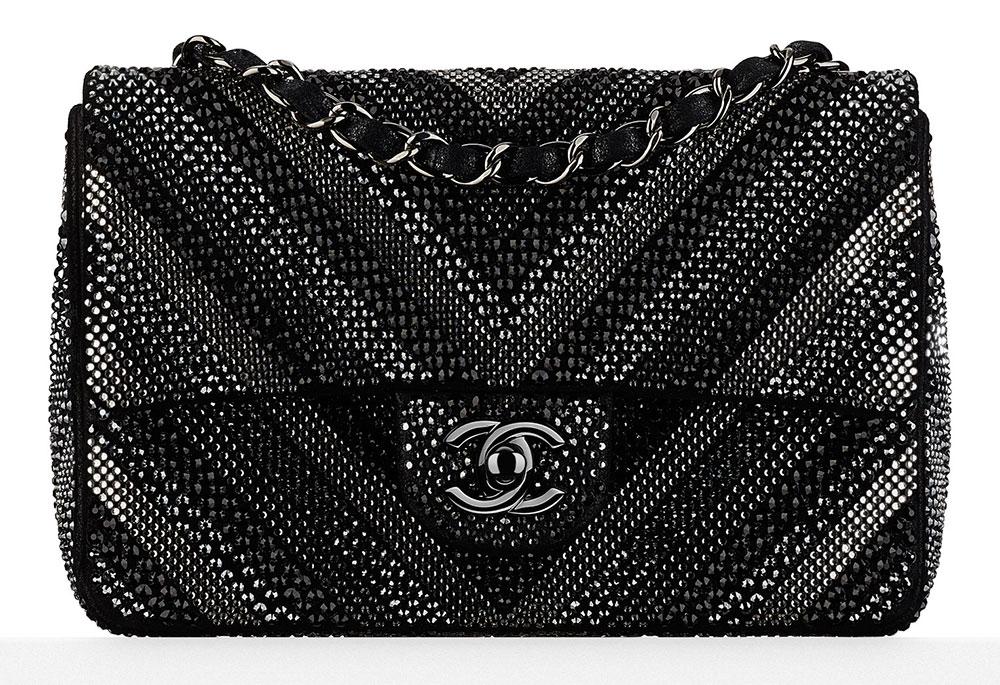 Chanel-Strass-Goatskin-Chevron-Flap-Bag-Black