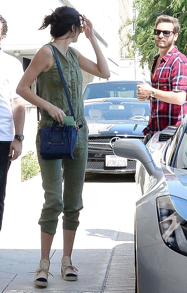 Kendall-Jenner-Celine-Nano-Luggage-Tote-11