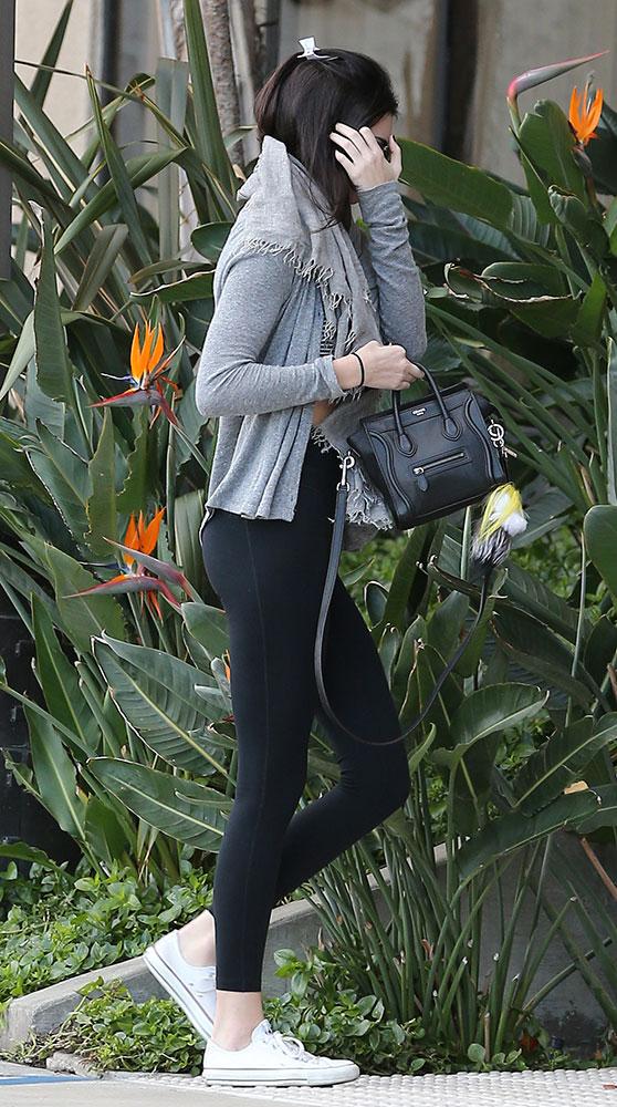 Kendall-Jenner-Celine-Nano-Luggage-Tote-18