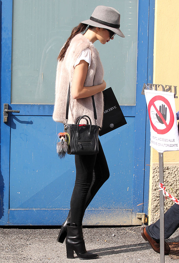 Kendall-Jenner-Celine-Nano-Luggage-Tote-25