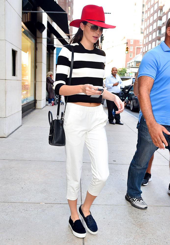 Kendall-Jenner-Celine-Nano-Luggage-Tote-26