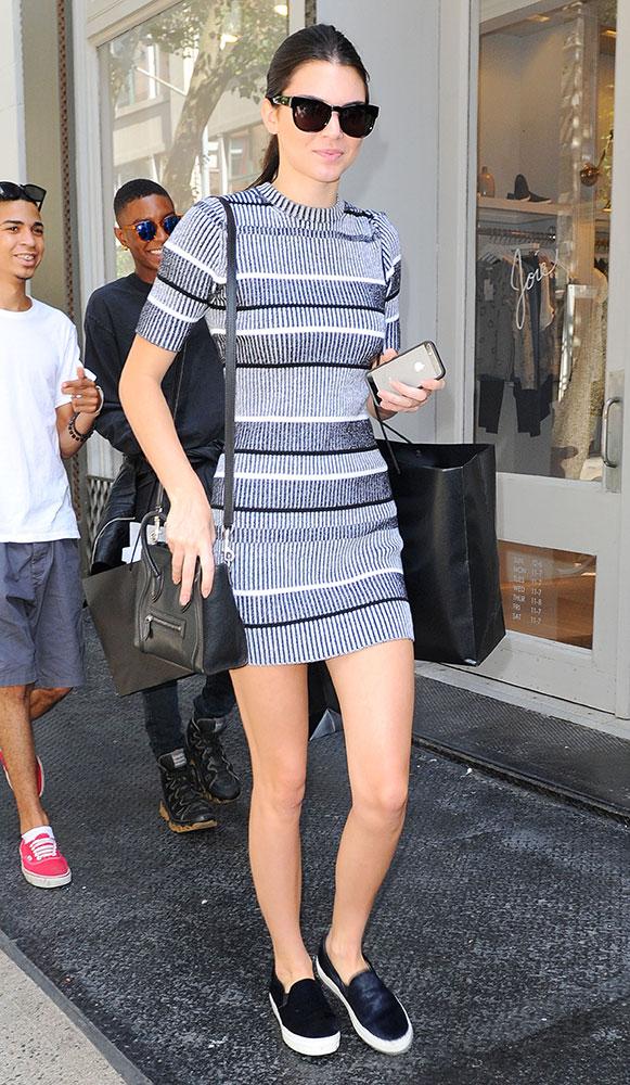 Kendall-Jenner-Celine-Nano-Luggage-Tote-27