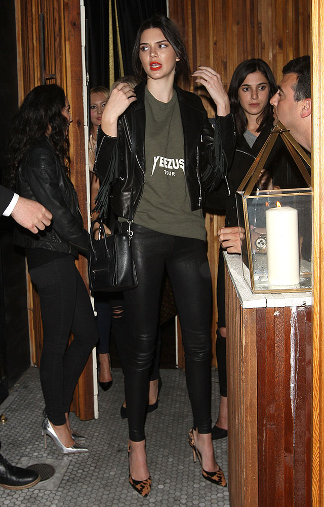 Kendall-Jenner-Celine-Nano-Luggage-Tote-9