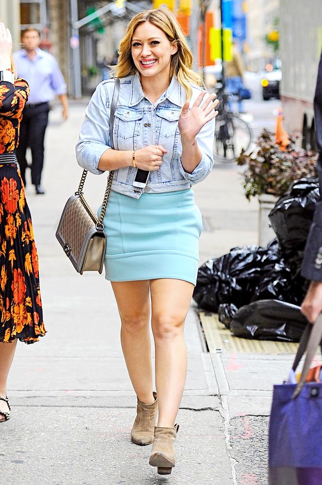 Hilary-Duff-Chanel-Flap-Bags-14