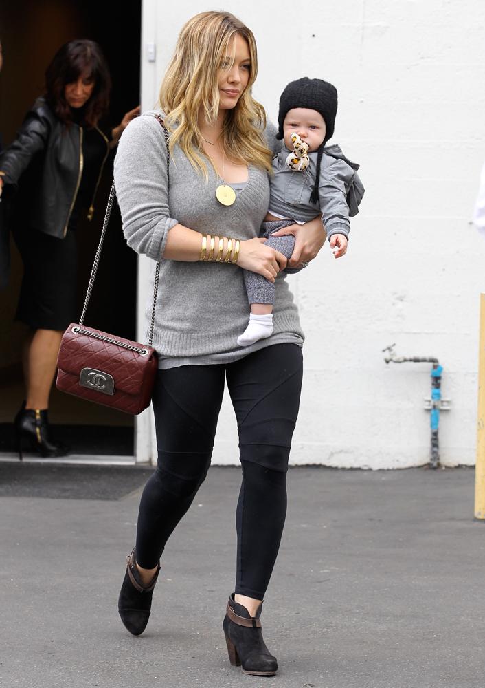 Hilary-Duff-Chanel-Flap-Bags-35