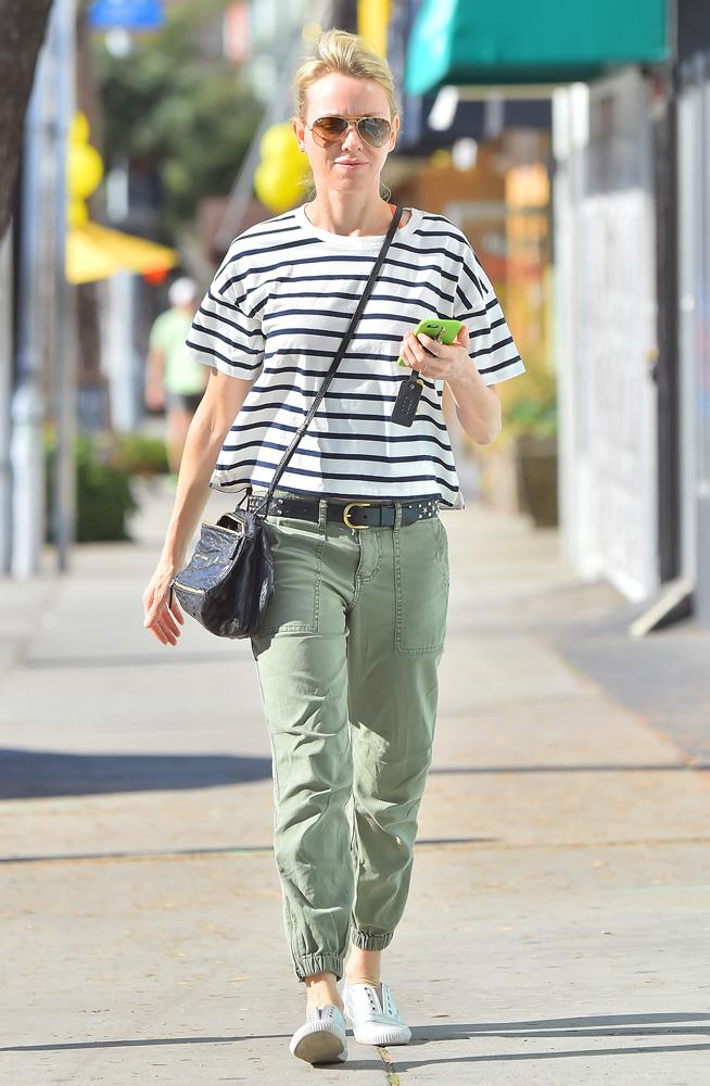 Naomi-Watts-Givenchy-Mini-Pandora-Bag-4