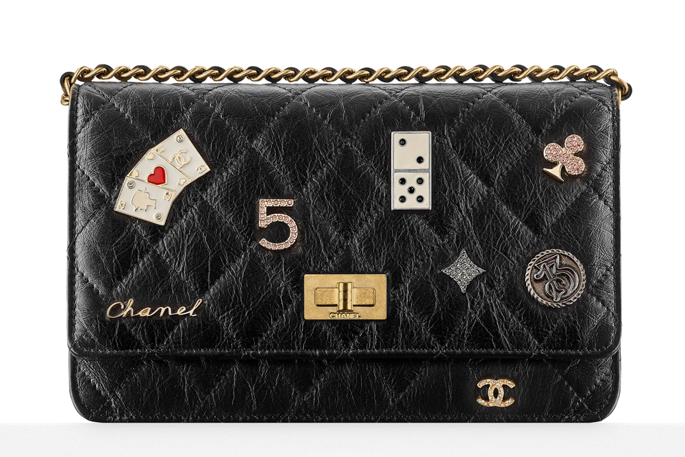 Chanel-Charm-Wallet-on-Chain