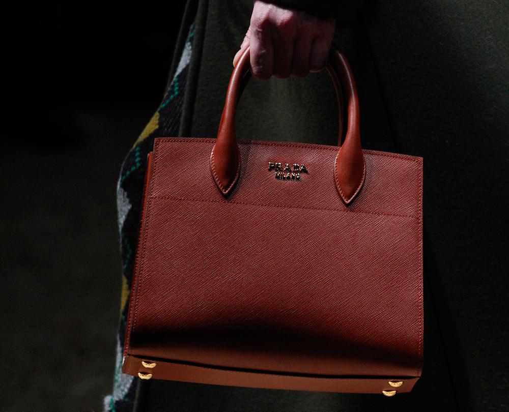 Prada-Fall-2016-Bags-39