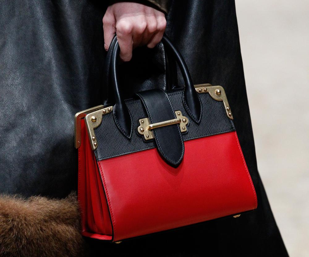 Prada-Fall-2016-Bags-4