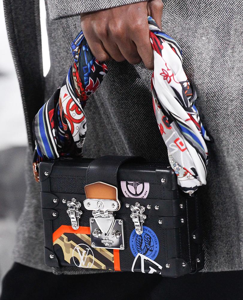 Louis-Vuitton-Fall-2016-Bags-17