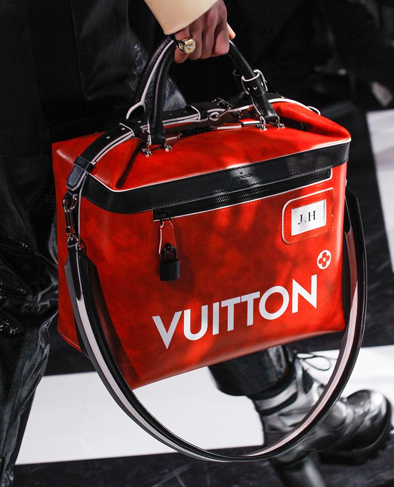 Louis-Vuitton-Fall-2016-Bags-18