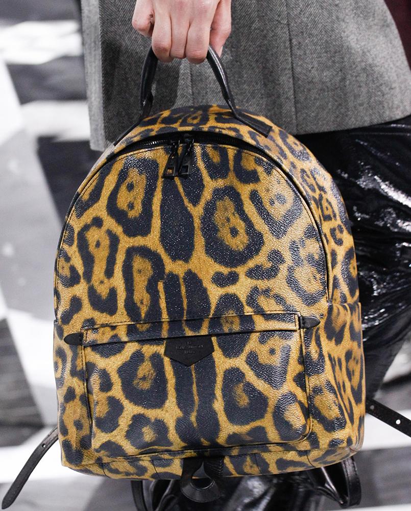 Louis-Vuitton-Fall-2016-Bags-24