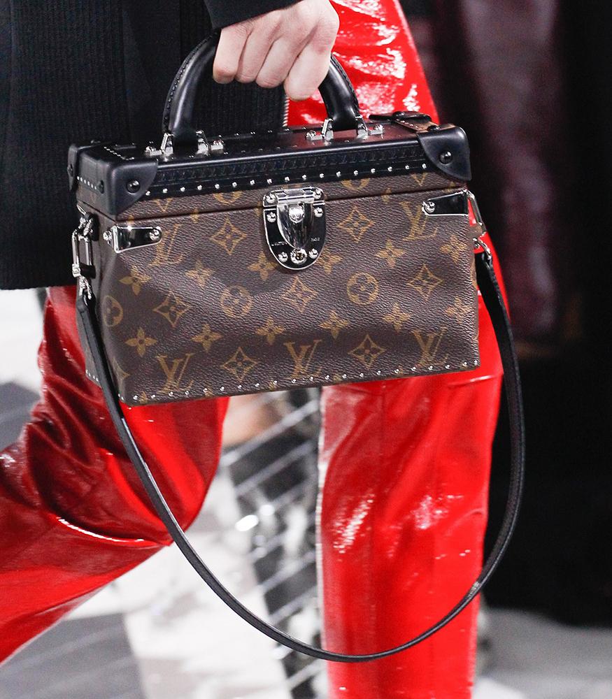 Louis-Vuitton-Fall-2016-Bags-25