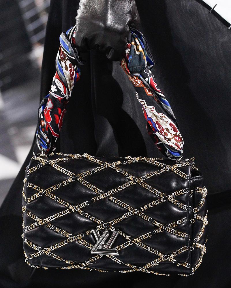 Louis-Vuitton-Fall-2016-Bags-26