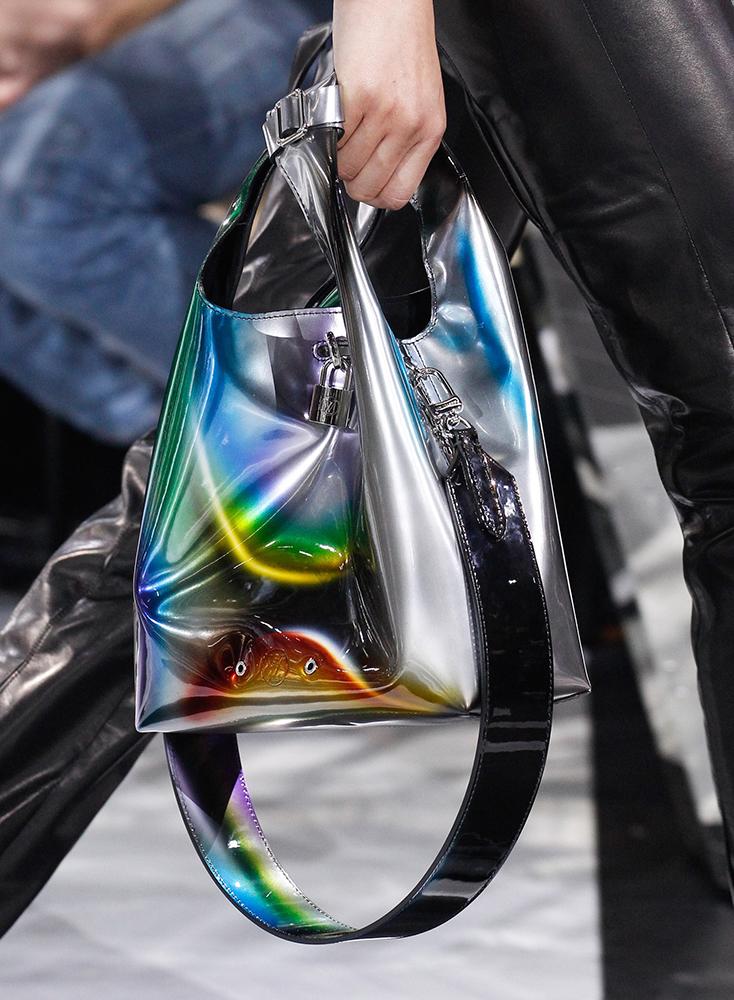 Louis-Vuitton-Fall-2016-Bags-30
