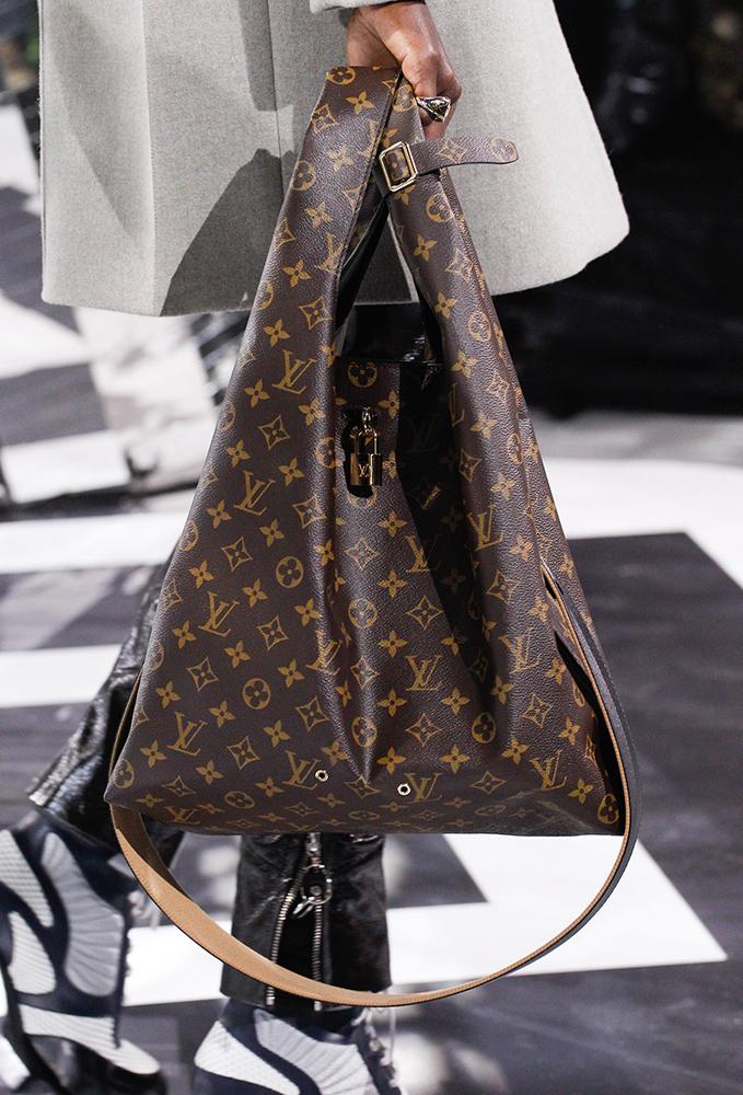 Louis-Vuitton-Fall-2016-Bags-31
