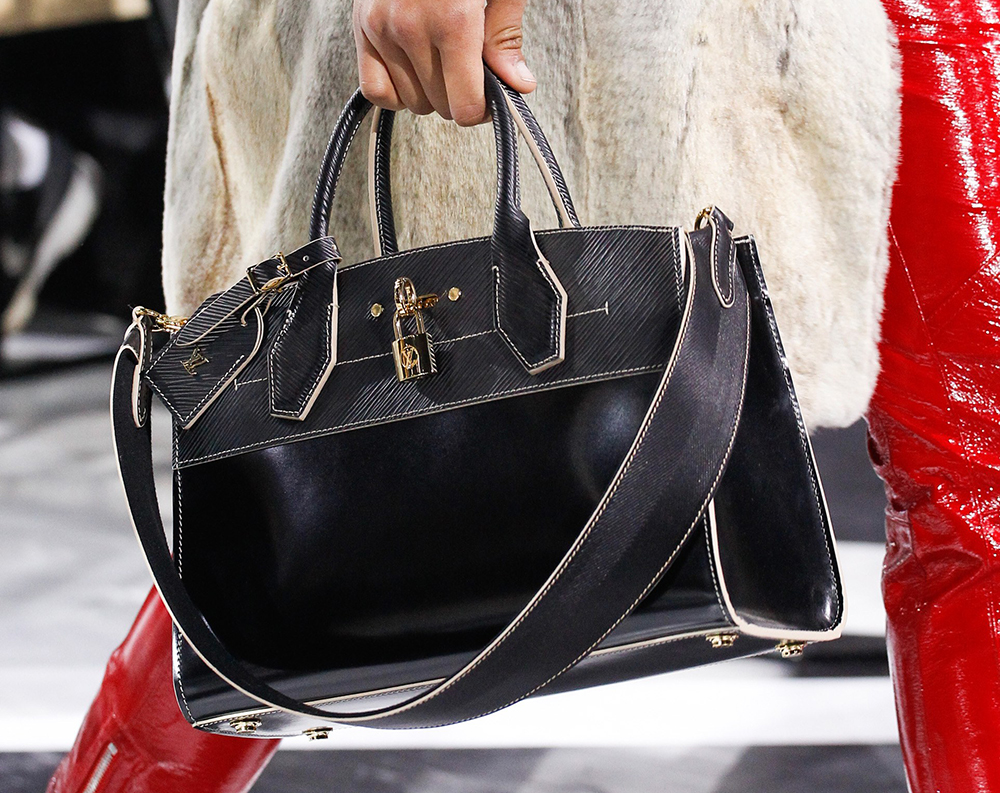 Louis-Vuitton-Fall-2016-Bags-33