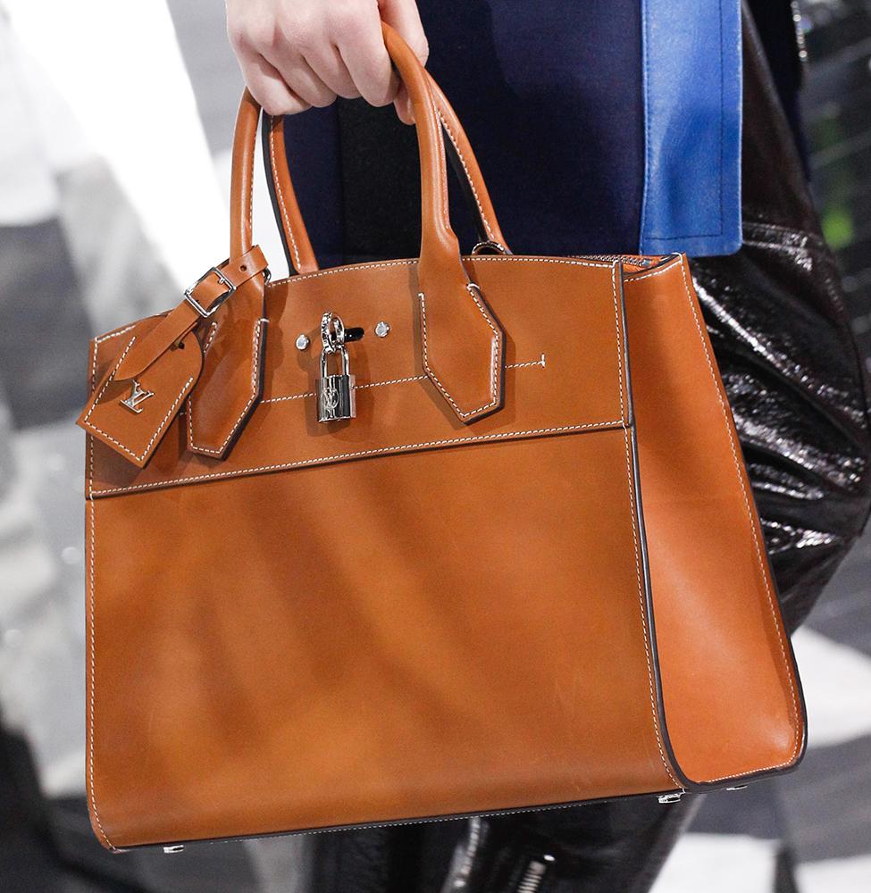 Louis-Vuitton-Fall-2016-Bags-34