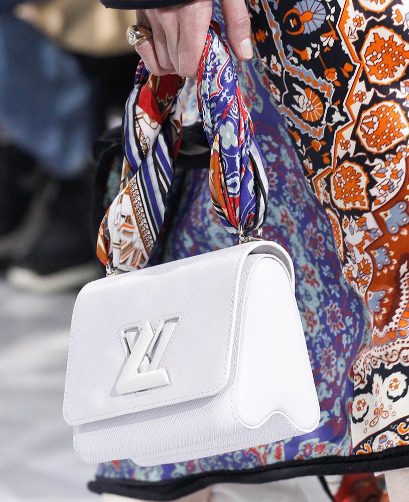 Louis-Vuitton-Fall-2016-Bags-8