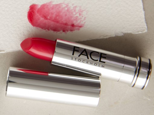 PurseBlog Beauty: 10 Lipsticks to Give You the Perfect Pink Pout for Spring