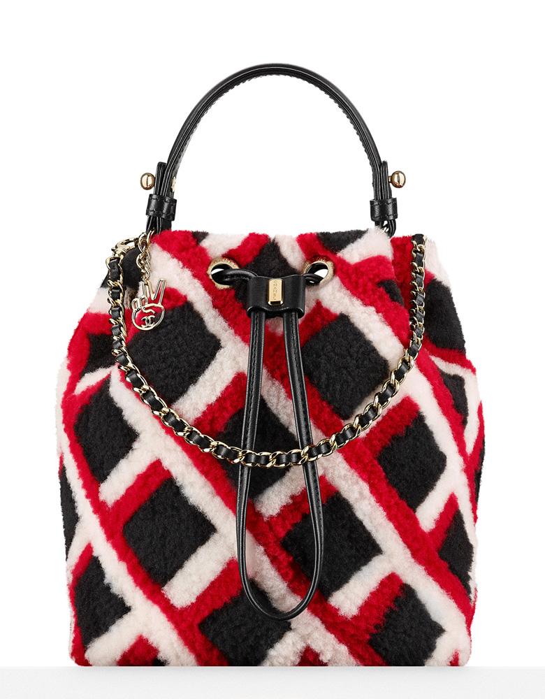 chanel-shearling-drawstring-bag-5800