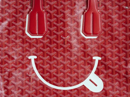 Don't Be Shy—Tell 'em How You Really Feel With the Goyard Voltaire Smile Tote