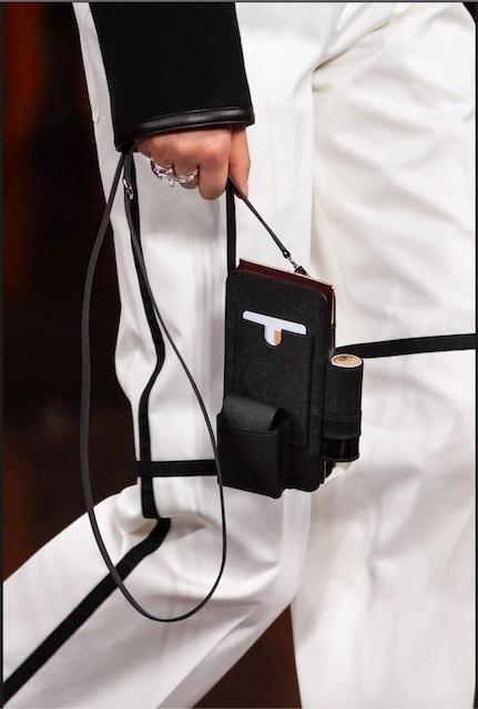 """The """"Hermèsway"""" bag."""
