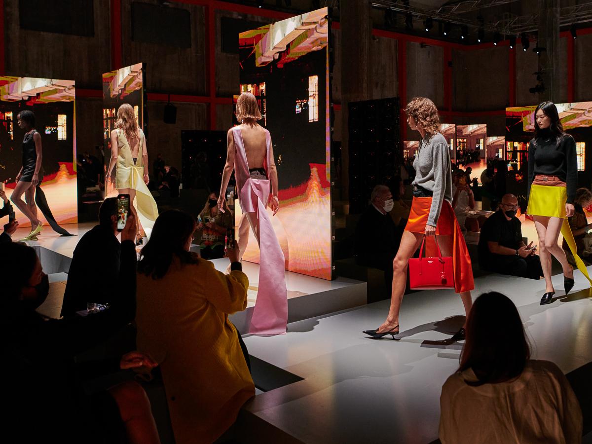 Prada Spring-Summer 2022 RTW and Bags (1)